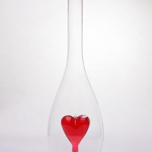 Díszüveg Felötlhetős Szív figurával 0,5L, Esküvő, Emlék & Ajándék, Nászajándék, Gravírozás, pirográfia, Üvegművészet, Díszüveg Szív figurával 0,5L\nSzív küldi szívnek a palackba zárt szerelmet. Romantikus, nőies ajándék..., Meska