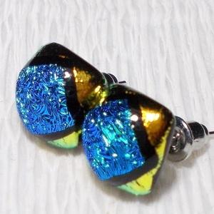 Kék-arany fényjáték, dichroic  fülbevaló, ajándék névnapra, születésnapra., Ékszer, Fülbevaló, Ékszerszett, Medál, Ékszerkészítés, Üvegművészet, Olvasztásos technikával készült fülbevaló. Csúcsminőségű kék és arany színű dichroic  üvegből olvas..., Meska