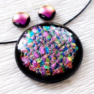 Pink szivárvány, medál és fülbevaló,  névnapra, születésnapra., Ékszer, Ékszerszett, Fülbevaló, Nyaklánc, Ékszerkészítés, Üvegművészet, Fusing technikával készült, csúcsminőségű sokszínű dichroic  üvegből  olvasztottam.   Nagyon dekora..., Meska