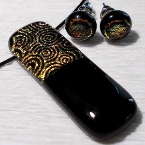 Arany csiga medál és fülbevaló, ajándék nőknek névnapra, születésnapra., Ékszer, Ékszerszett, Fülbevaló, Nyaklánc, Ékszerkészítés, Üvegművészet, Olvasztásos technikával készült rendkívül elegáns medál és fülbevaló.\nCsúcsminőségű fekete és arany ..., Meska