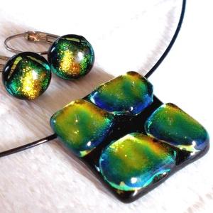aurora borealis ékszerszett,  szalagavató bálra, ballagásra, névnapra, születésnapra., Ékszer, Ékszerszett, Fülbevaló, Fusing technikával készült üvegmedál  és fülbevaló. Csúcsminőségű fekete és kékes-zöld, arany fénybe..., Meska