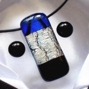 Ezüst-kék dichroic medál és fülbevaló, ajándék lányoknak szalagavatóra., Ékszer, Fülbevaló, Nyaklánc, Táska, Divat & Szépség, Ékszerkészítés, Üvegművészet, Olvasztásos technikával készült  ékszerszett.\nFekete és csillogó kék - ezüst dichroic ékszerüvegből ..., Meska