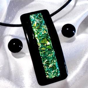 Emeráld szikrázás  nyaklánc és fülbevaló,  ajándék  nőknek, ballagásra, névnapra, születésnapra., Ékszer, Nyaklánc, Fülbevaló, Ékszerszett, Ékszerkészítés, Üvegművészet, Fusing technikával készült üveg medál és fülbevaló.\nFekete minőségi ékszerüveg alapon, türkiz csillo..., Meska