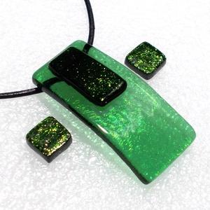 Zöld aventurin  ragyogás ékszerszett  , ajándék  ballagásra, névnapra, születésnapra., Ékszer, Ékszerszett, Ékszerkészítés, Üvegművészet, Fusing technikával készült  csúcsminőségű zöld irizáló üvegből  olvasztottam, aventurin betéttel dís..., Meska