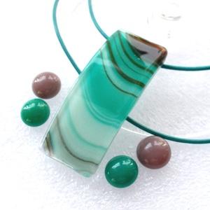 Hullámok színek játéka ékszerszett ajándék karácsonyra., Ékszer, Ékszerszett, Ékszerkészítés, Üvegművészet, Fusing technikával készült medál és két pár fülbevaló.\nBeige-türkiz hullám mintás ékszerüvegből olva..., Meska