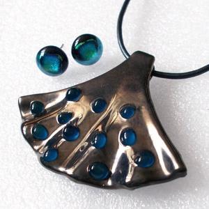 Lady metallic ékszerszett, ajándék  ballagásra, névnapra, születésnapra., Ékszer, Ékszerszett, Ékszerkészítés, Üvegművészet, Olvasztásos technikával készült, csúcsminőségű metál színű ékszerüvegből. kék üvegcseppekkel díszítv..., Meska