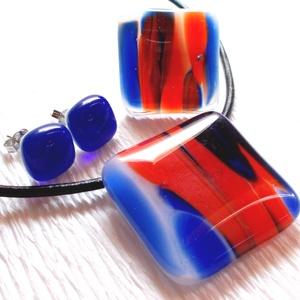 AKCIÓ! Piros-kék mintás üvegékszer szett, ajándék tanárnéniknek évzáróra, névnapra, születésnapra., Ékszerszett, Ékszer, Ékszerkészítés, Üvegművészet, Fusing technikával készült, ez az elegáns ékszer szett.\nPiros - fehér -kék mintás üvegből olvasztott..., Meska