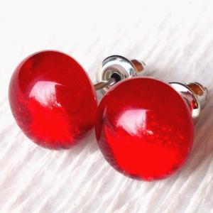 Piros fülbevaló  , ajándék névnapra, születésnapra., Ékszer, Fülbevaló, Pötty fülbevaló, Ékszerkészítés, Üvegművészet, Meska