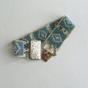 Silver Eye - Blue silver karkötő, Ékszer, Karkötő, Gyöngyfűzés, Ékszerkészítés, Ez a karkötő a