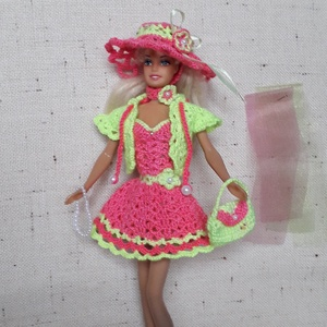 Barbie ruha garnitúra, Babaruha, babakellék, Baba & babaház, Játék & Gyerek, Horgolás, Jó tartású, könnyen mosható fonalból horgoltam ezt a Barbie ruha szettet. Babázáshoz kiváló kiegészí..., Meska