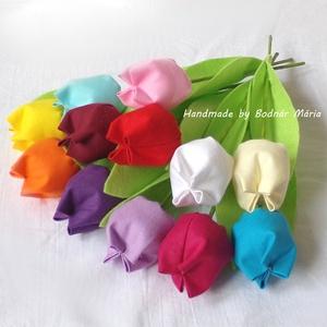 Textil tulipán (12 db, 12 szín), Csokor & Virágdísz, Dekoráció, Otthon & Lakás, Varrás, 25 cm magas textil tulipánok, amelyek hosszú ideig hangulatos díszei lehetnek bármely otthonnak.\n\nVi..., Meska