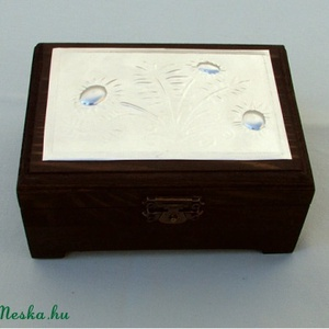 Virágos dobozka 1 (Dobozmanufaktura) - Meska.hu