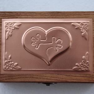 Esküvői puzzle szíves dobozka (Dobozmanufaktura) - Meska.hu