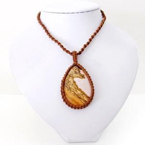 Barna makramé nyaklánc, képjáspis kővel, Ékszer, Medálos nyaklánc, Nyaklánc, Csomózás, Ékszerkészítés, Meska