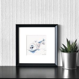 Bébi fóka - ecsetfilc festmény (nyomat), Otthon & lakás, Képzőművészet, Festmény, Akvarell, Festészet, Bébi fóka - művészeti nyomat 190g-os papíron az eredeti ecsetfilc festmény alapján (giclée technikáv..., Meska