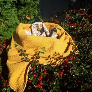 Virágos rét - gombsál, Ruha & Divat, Sál, Sapka, Kendő, Sál, Varrás, Nem körsál, hanem gombsál, hiszen egy fa gombbal és pamutzsinórral zárható, hogy ne tegye tönkre a f..., Meska