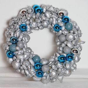 Kicsi-ezüstös ünnep- 25cm - adventi karácsonyi ajtódísz, Lakberendezés, Otthon & lakás, Koszorú, Virágkötés, Újra eltelt egy év, lassan itt van az adventi-karácsonyi időszak...\n\n Nem szeretem az uniformizált t..., Meska