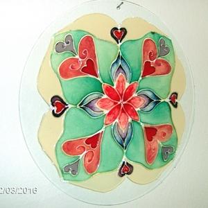 Szeretet mandala, Dekoráció, Otthon & lakás, Kép, Festészet, Üvegművészet, Saját tervezésű 30 cm-es csiszolt üveglapra festett mandala.\n\nEz a mandala jelképezi a  feltétel nél..., Meska