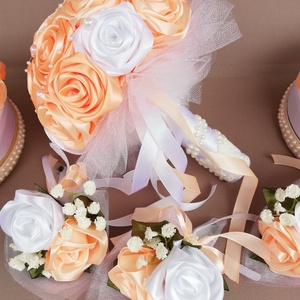 Esküvői csokor, barack színű kollekció , Esküvő, Esküvői csokor, Virágkötés, Mindenmás, Egyik menyasszonyom rendelése volt ez a kollekció. Ami egy menyasszonyi csokorból, 2db szülőköszöntő..., Meska