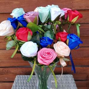 Kézműves selyemrózsa, egyszálas, Csokor & Virágdísz, Dekoráció, Otthon & Lakás, Virágkötés, Mindenmás, Kisebb ajándékozásokra ajánlom az egyszálas selyemszalagból készült rózsáimat.Bármilyen színben rend..., Meska