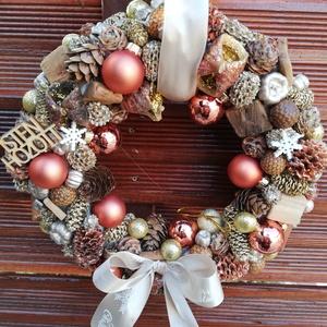 Karácsonyi ajtódísz , Otthon & Lakás, Dekoráció, Ajtódísz & Kopogtató, Virágkötés, Mindenmás, Gömbökkel díszített karácsonyi ajtódísz. Átmérője 22cm., Meska