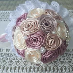 Menyasszonyi csokor, Esküvő, Menyasszonyi- és dobócsokor, Gyönyörű és  örök menyasszonyi csokor. Mályva,rose gold,beige és ekrü színben.A csokor nagy méretűne..., Meska