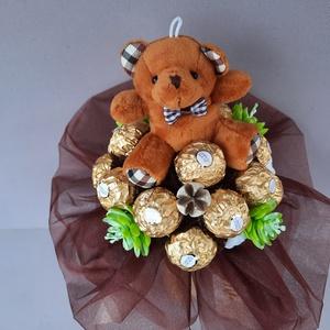 Rocher csokor plüss macival, Otthon & Lakás, Dekoráció, Csokor & Virágdísz, Ballagásra,névnapra akár...vagy köszönetképpen pedagógusoknak.Lehet plüssel is kérni.Nagyon régóta k..., Meska