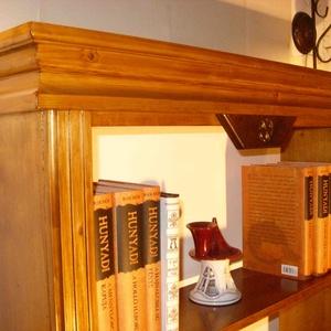 Könyvespolc, könyves szekrény, Bútor, Otthon & lakás, Polc, Szekrény, Lakberendezés, Famegmunkálás, Könyvespolc - Könyves szekrény\nHa szeretnéd a könyveidet magadhoz közel tudni, az otthonodban  rende..., Meska