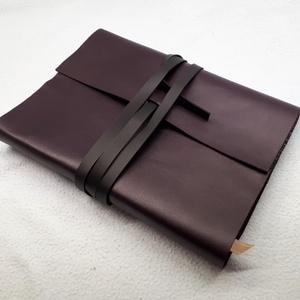 DRAAKON könyvborító, Otthon & Lakás, Papír írószer, Jegyzetfüzet & Napló, Könyvkötés, Bőrművesség, Ha csak egy naplót veszel életedben, ez legyen az!\n\nA DRAAKON napló borítója puha de tartós, kelleme..., Meska