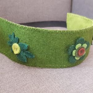 Filc korona green, Játék & Gyerek, Szerepjáték, Varrás, Filcből készült korona, kisebb- és óvodáskorú gyermekek számára.\n\nA korona kézzel varrt.\nJó minőségű..., Meska