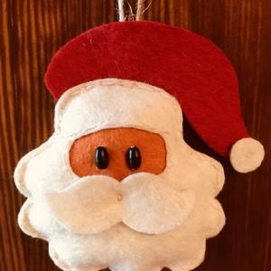 Mikulás, Otthon & lakás, Dekoráció, Dísz, Ünnepi dekoráció, Karácsony, Karácsonyi dekoráció, Ajándékkísérő, Varrás, Legújabb karácsonyi díszem a klasszikusok táborát erősítő Mikulás figura, mely piros fehér és naranc..., Meska