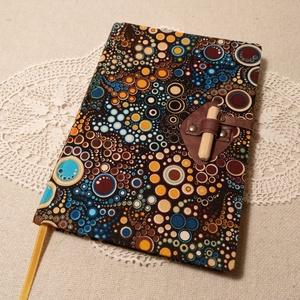 A/5 Színes, farudas, vonalas napló, Otthon & Lakás, Papír írószer, Jegyzetfüzet & Napló, Könyvkötés, Fotó, grafika, rajz, illusztráció, Méretek: 14x20 cm, 240 oldal, egyedi vonalazású napló. Citromsárga lapokból készült a könyvtest, kéz..., Meska