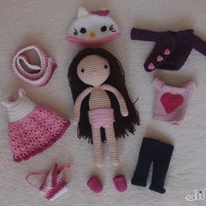 Hello Kitty sapkás, öltöztethető horgolt kislány baba, Gyerek & játék, Játék, Baba, babaház, Horgolás, Saját tervezésű, egyedi, kb 19cm magas horgolt kislány baba. Összesen 9 ruhadarab jár hozzá. 100% pa..., Meska