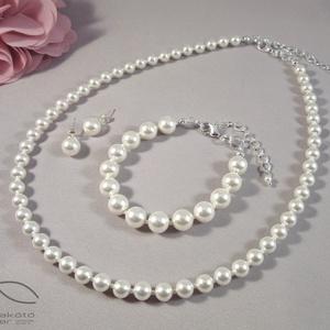 Egyszerű gyöngysor esküvőre Swarovski gyöngyből, Ékszerszett, Ékszer, Esküvő, Ékszerkészítés, Gyöngyfűzés, gyöngyhímzés, Swarovski igazgyöngy utánzatok felhasználásával készült a szett klasszikus gyöngysor formában. \nNinc..., Meska