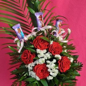Ballagási rózsa csokor, Ballagás, Ünnepi dekoráció, Dekoráció, Otthon & lakás, Horgolás, Ballagásra készült horgolt rózsa csokor. Leginkább nagylányoknak ajánlom, de kicsiknek és fiúknak is..., Meska