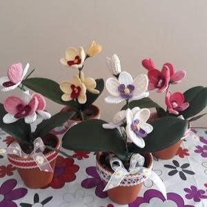 Horgolt orchidea, Esküvő, Emlék & Ajándék, Köszönőajándék, Horgolás, Virágkötés, Horgolt orchide jó ajándék lehet tanároknak, pedagogusoknak. Évzárás alkalmával maradanadó ajándék k..., Meska