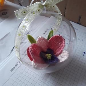 orchidea gömb, Esküvő, Emlék & Ajándék, Köszönőajándék, Horgolás, Az orchidea gömb egyedi ajándék lehet bárki számára. Egyszerűségében rejlik a szépsége., Meska