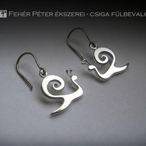 Kapolcs csiga ezüst fülbevaló (egszeresz) - Meska.hu