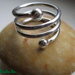 Rugós bogyós gyűrű (egszeresz) - Meska.hu