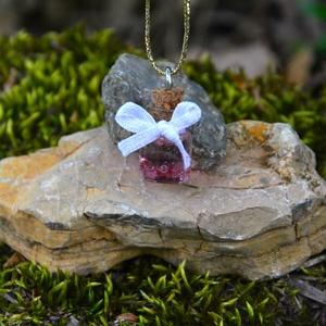 Műgyanta nyaklánc, tündér fiola medál, női ékszer, egyedi ajándék, alkalmi ékszer - Meska.hu
