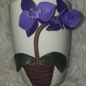 Orchideás bögre, Otthon & Lakás, Konyhafelszerelés, Bögre & Csésze, Gyurma, Egyedi, süthető gyurmával készült bögre.\nMinden bögrét saját magunk készítünk és dekorálunk.\nA bögre..., Meska