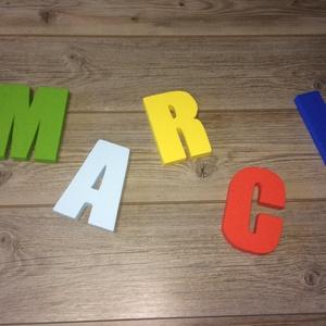 Név, felirat, betű- hungarocell, nikecell, polisztirol- 5 betű, Gyerek & játék, Otthon & lakás, Gyerekszoba, Dekoráció, Lakberendezés,  A betűk kb 18-20cm magasak.  Anyaga: hungarocell,polisztirol Vastagsága: 2cm Díszítés festés egyedi..., Meska