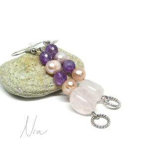 Gyöngyike - ásvány és gyöngy fülbevaló, Ékszer, Fülbevaló, 6-12 mm-es ametiszt és rózsakvarc ásványokból, édesvízi tenyésztett gyöngyökből készítettem, alul 1-..., Meska