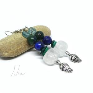 Fauna - ásványfülbevaló levél medálokkal, Ékszer, Lógós fülbevaló, Fülbevaló, 8-15 mm-es hegyikristály, malachit, azurit és akvamarin ásványokból készítettem, alul 1-1 ezüst szín..., Meska