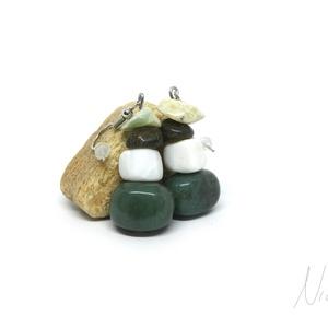 Olajfa - ásvány és korall fülbevaló, Ékszer, Fülbevaló, Lógó fülbevaló, Nyugtató színvilágú fülbevaló, amit 10-15 mm-es mohaachát és labradorit, és olívazöld jáde ásványokb..., Meska