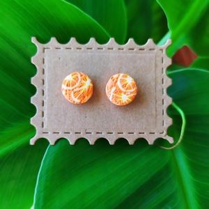 Narancsos polimer agyag fülbevaló, Pötty fülbevaló, Fülbevaló, Ékszer, Ékszerkészítés, Gyurma, Narancsos polimer agyag fülbevaló\n\nKézzel készített.\nMérete (kb.): 10mm x 10mm\n\nEgy kis agyag ismere..., Meska