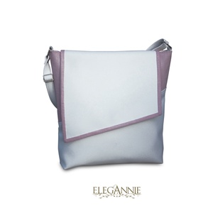 Rózsakvarc, Táska, Divat & Szépség, Táska, Válltáska, oldaltáska, Nyár, nyaralás, vízpart, esti séták... ... és hozzá egy táska. Fehér textilbőr és világos rózsaszín ..., Meska
