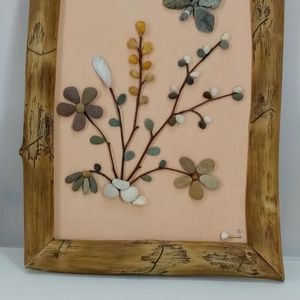 Virágcsokor pillangóval, Otthon & Lakás, Dekoráció, Kavics & Kő, Famegmunkálás, Mindenmás, A tavasz ihlette ezt a virágcsokros kavicsképet. Minden egyes kavicsot kézzel szedtem és válogattam...., Meska