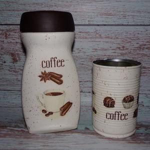 Kávés-bonbonos konyhai tároló szett, Otthon & lakás, Konyhafelszerelés, Lakberendezés, Tárolóeszköz, Decoupage, transzfer és szalvétatechnika, Újrahasznosított alapanyagból készült termékek, Kávés üveg és egy konzerves doboz újrahasznosításából álló szett. Kávés és bonbonos díszítéssel, mel..., Meska