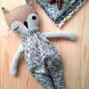 Textil Bagoly, állatfigura, Játék & Gyerek, Plüssállat & Játékfigura, Róka, Baba-és bábkészítés, Varrás, Enani Bagoly (45-48cm)\nA bagoly testét vászonból varrtam,ruhája  pamutvászonból, tüll dísszel készül..., Meska